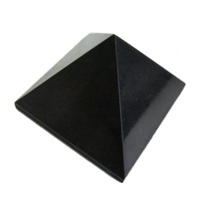 Schungit Pyramide ca. 7cm hoch ca. 620g